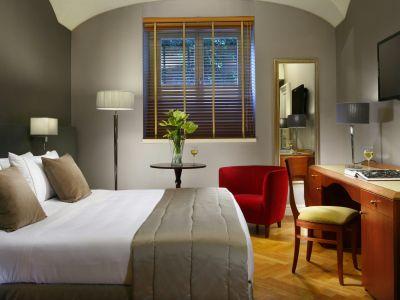 hotel-principe-torlonia-zimmer-02